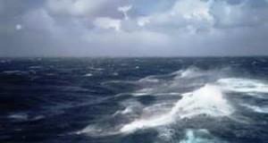 Προβλήματα στις θαλάσσιες συγκοινωνίες από τους Ισχυρούς νοτιάδες