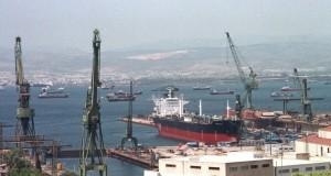 Ναυπηγεία Σκαραμαγκά: Ευθύνες στον Βενιζέλο καταλογίζουν για την κατάστασή τους οι εργαζόμενοι