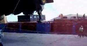 Παραλίγο θανατηφόρο ατύχημα κατά την φόρτωση [video]