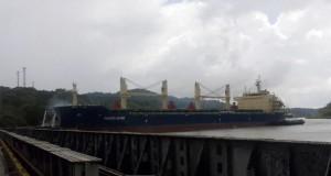 Η άψογη και γρήγορη αντίδραση του πληρώματος έσωσαν το πλοίο από την σύγκρουση! [βίντεο]