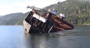 Δείτε πως ξεφορτώνει ένα φορτηγό πλοίο σε χρόνο ρεκόρ! [video]
