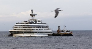 O Φραντζέσκο Σκετίνο στο «Costa Concordia»[pics]