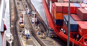 Πάρτο αλλιώς!!!Containership διαλύει φορτηγάκι στον Παναμά [video]
