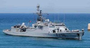 H αναχώρηση του «Commandant Birot» από τον Πειραιά[vid]