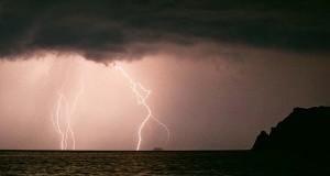 Βροχές και καταιγίδες για αύριο-Διαβάστε αναλυτικά την πρόγνωση του καιρού