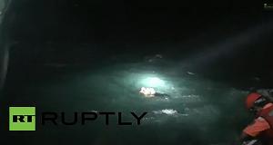 Συγκλονιστικό βίντεο με την επιχείρηση διάσωσης από το ναυάγιο του ερευνητικού πλοίου