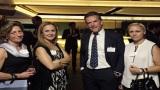 Ο  Mathieu Berrurier (Groupe Eyssautier) ανάμεσα στην Ιωάννα Υφαντή (Iolcos Hellenic Maritime)και την Αθηνά Σιρίμη (Τhe London P&I Club)