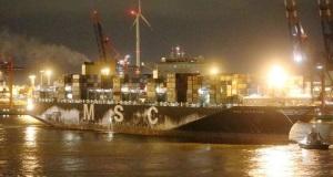 Πυρκαγιά σε κοντέινερ με άνθρακα στο πλοίο MSC Katrina
