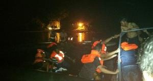 Ινδονησία: Παραλίγο τραγωδία από βυθιζόμενο οχηματαγωγό με 100 επιβαίνοντες