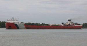 Προσπάθεια αποτροπής ρύπανσης από προσάραξη πλοίου στη λίμνη Σουπίριορ