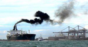 Η ατμοσφαιρική μόλυνση από τα πλοία υπεύθυνη για δεκάδες χιλιάδες θανάτους στην Κίνα