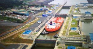 Το ελληνικό Aegean Unity το πρώτο Suezmax που διήλθε τη νέα Διώρυγα του Παναμά (photos)