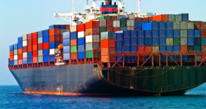 Drewry: Οι τιμές μεταφοράς container δείχνουν σημάδια ανάκαμψης
