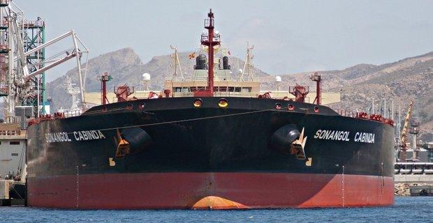 Τάνκερ της BP καταφέρνει τελικά να ξεφορτώσει στο Κουρασάο