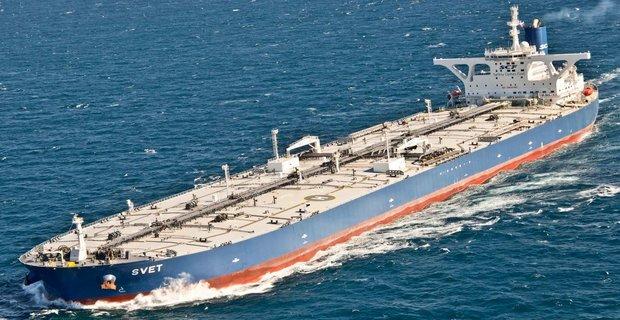 Οι τιμές VLCC πιέζονται προς τα κάτω λόγω υπερπροσφοράς στην αγορά
