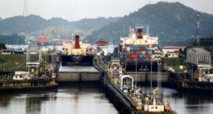 Clarksons: Προς εξαφάνιση τα παλιά panamax πλοία