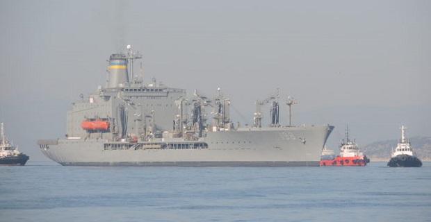 Το εφοδιαστικό USNS BIG HORN T-AO-198 στο λιμάνι του Πειραιά [βίντεο]
