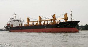 Σύγκρουση φορτηγού πλοίου με ιστιοφόρο σκάφος στο Λαύριο