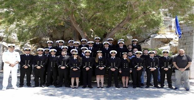 Αποχαιρετισμός για τους σπουδαστές (του 4ου έτους) από τον Διοικητή της ΑΕΝ Ύδρας Αντιπλοίαρχο Λ.Σ. Ε. Δανόπουλο