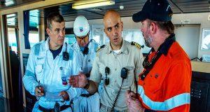 Η ζωή ενός καπετάνιου πλοίου μεταφοράς LNG (video)