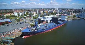 Βίντεο: H πρώτη μετατροπή containership με μηχανή διπλού καυσίμου