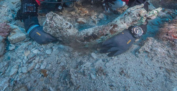Eντυπωσιακά ευρήματα από την υποβρύχια ανασκαφή στο Ναυάγιο των Αντικυθήρων[βίντεο]