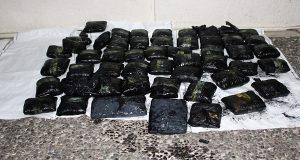 52 κιλά μαριχουάνας βρέθηκαν στα ύφαλα πλοίου στο Κερατσίνι- Δείτε το βίντεο με την επιχείρηση